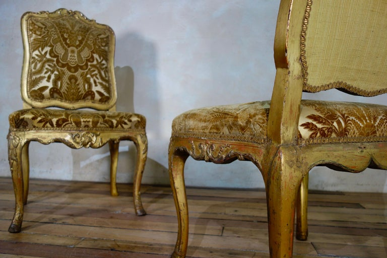 Pair of French 18th Century Louis XV Giltwood Side Chairs Upholstered For Sale 7