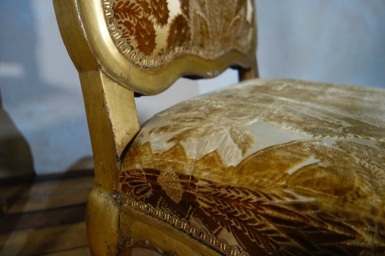 Pair of French 18th Century Louis XV Giltwood Side Chairs Upholstered For Sale 11
