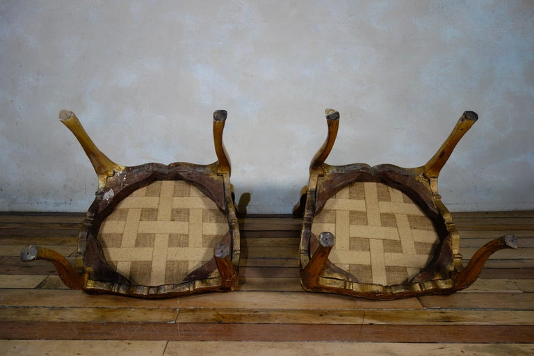 Pair of French 18th Century Louis XV Giltwood Side Chairs Upholstered For Sale 13