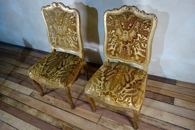 Pair of French 18th Century Louis XV Giltwood Side Chairs Upholstered For Sale 2