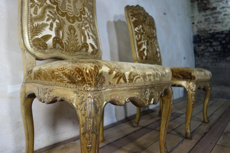 Pair of French 18th Century Louis XV Giltwood Side Chairs Upholstered For Sale 5