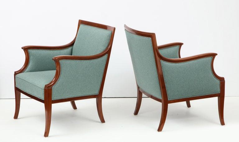 Scandinavian Modern Pair of Frits Henningsen Mahogany Armchairs, circa 1940s For Sale
