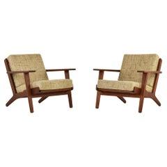 Pair of GE-290 Easy Chairs by Hans Wegner for GETAMA, Denmark, 1953