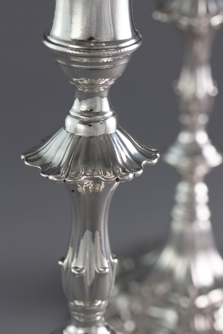 Mid-18th Century Pair of George III Cast Silver Candlesticks, London, 1763 by William Cafe For Sale