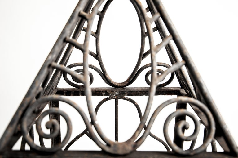 Pair of grand scale wrought iron hurricane lanterns in the style of Edgar Brandt In Good Condition For Sale In London, GB