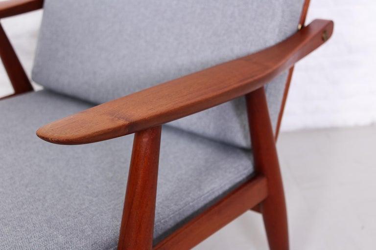 Pair of Hans J Wegner GE-270 Teak Easy Chairs, 1950s 6