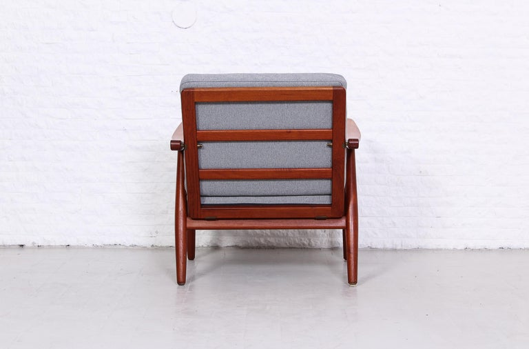 Pair of Hans J Wegner GE-270 Teak Easy Chairs, 1950s In Excellent Condition In Malmo, SE