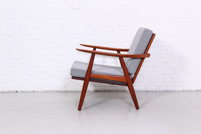 Pair of Hans J Wegner GE-270 Teak Easy Chairs, 1950s 2