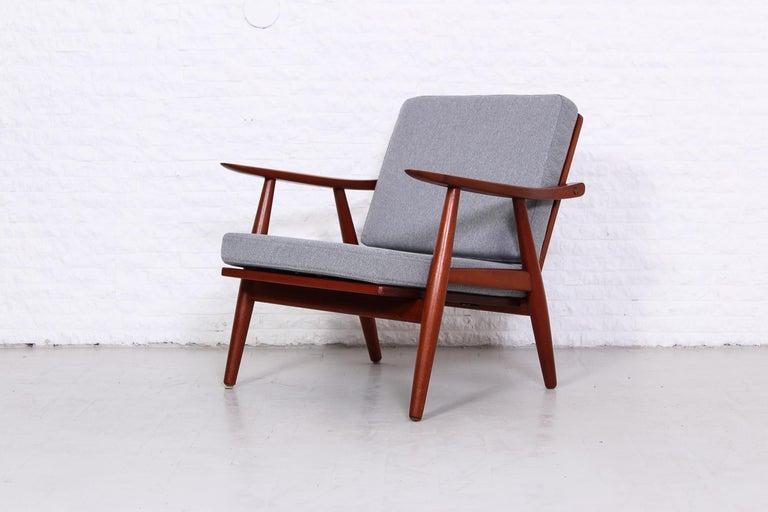 Pair of Hans J Wegner GE-270 Teak Easy Chairs, 1950s 3