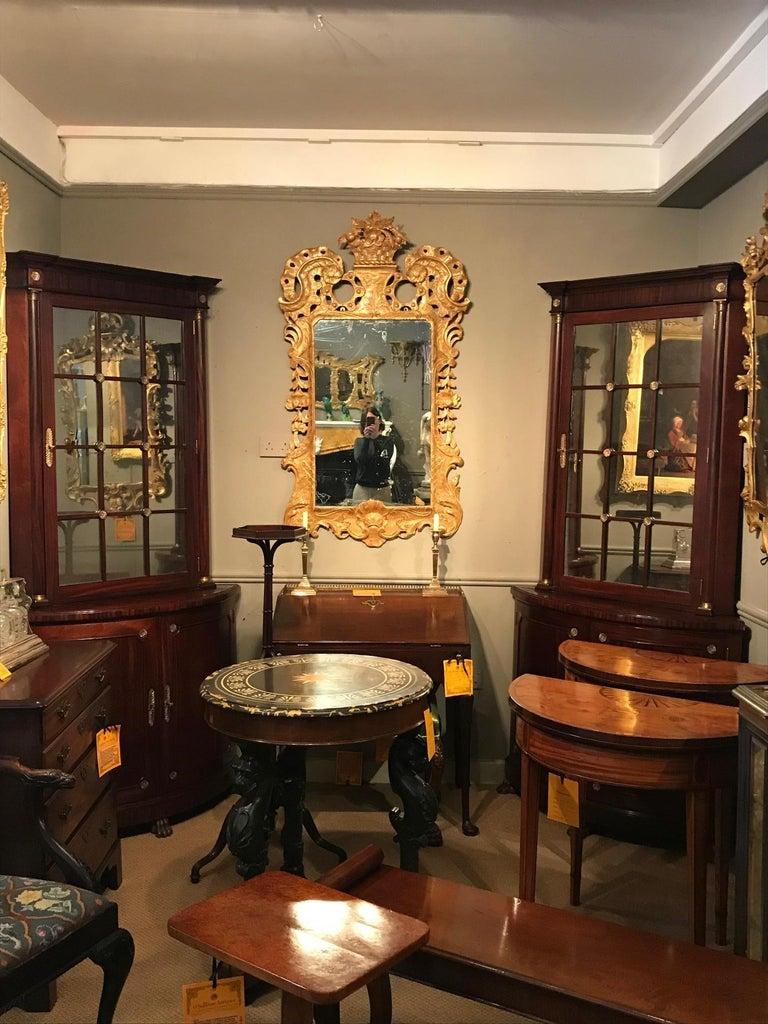 George IV Pair of Irish 19th Century Corner Cabinets For Sale