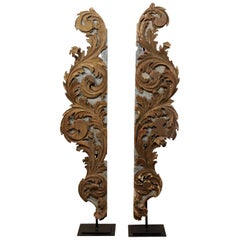 Pair of Italian Carved-Wood Architectural Acanthus Leaf Fragments