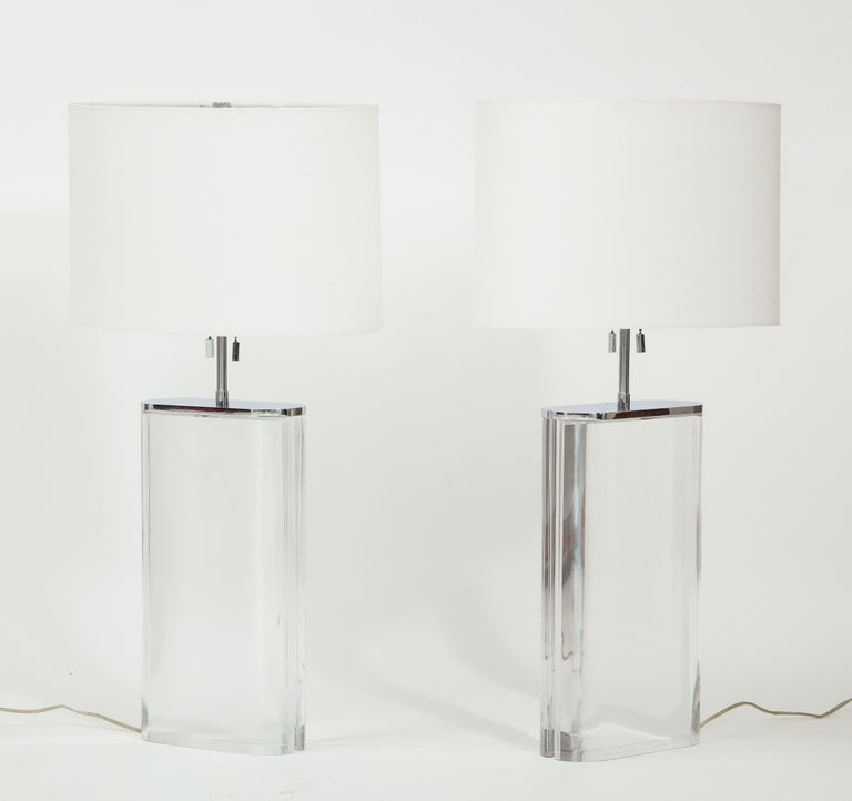 Late 20th Century Pair of Karl Springer Large Lucite Table Lamps, circa 1982-1984 For Sale