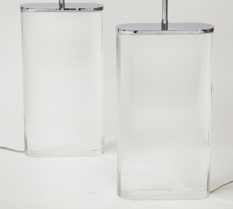 Pair of Karl Springer Large Lucite Table Lamps, circa 1982-1984 For Sale 3
