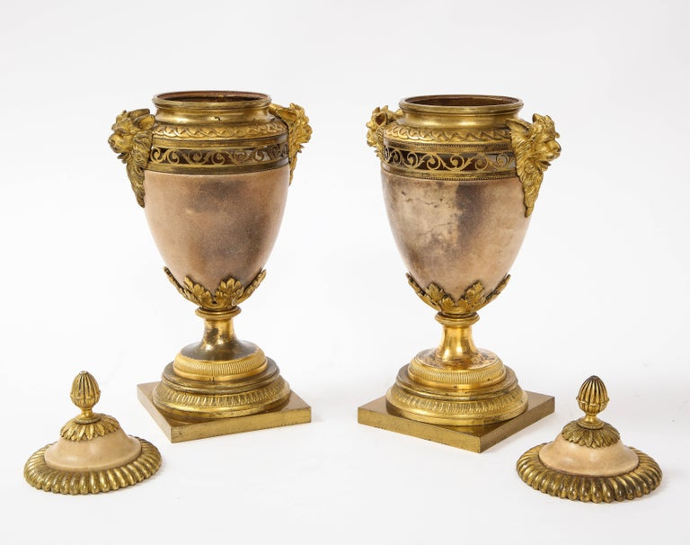 Pair of Louis XVI North European Neoclassical Ormolu and Marble Potpourris For Sale 2