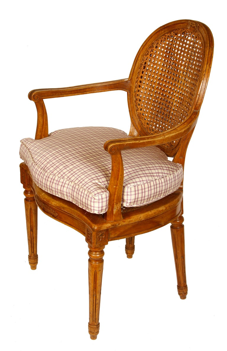 Pair of Louis XVI Style Beechwood Armchairs In Good Condition For Sale In Locust Valley, NY