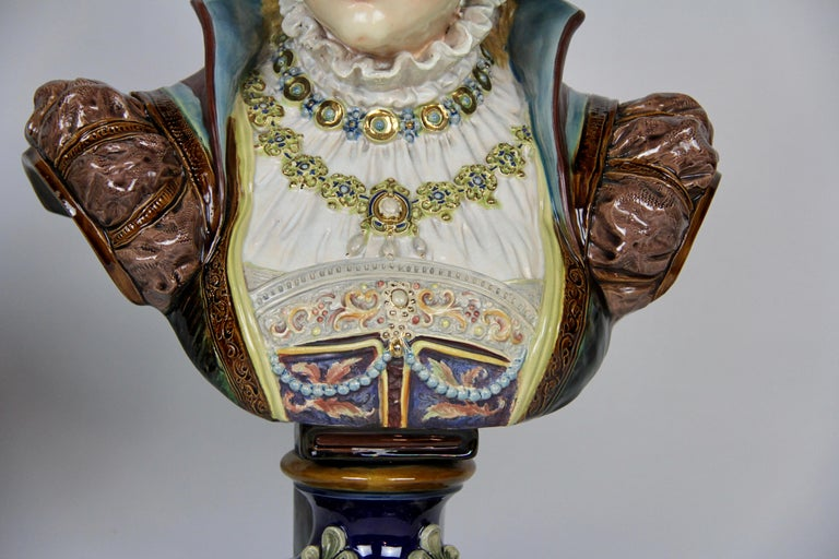 Pair of Louis XVI Style French Majolica Porcelain Busts of Royals For Sale 3