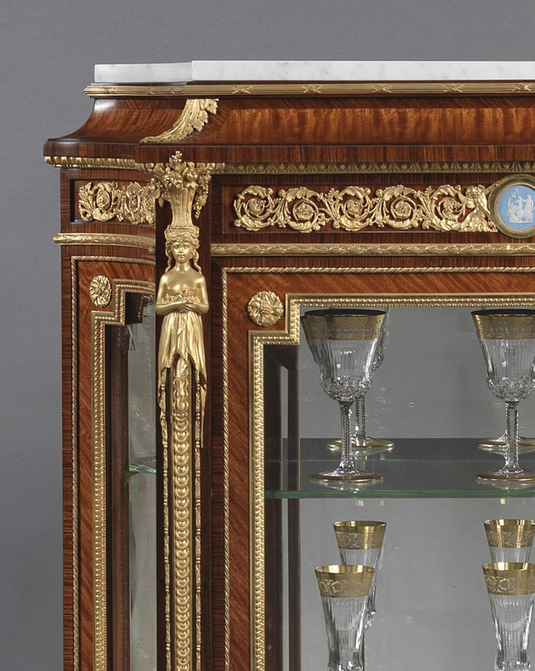 Pair of Louis XVI Style Vitrines with Wedgwood Plaques by Zwiener, circa 1880 In Good Condition For Sale In London, GB