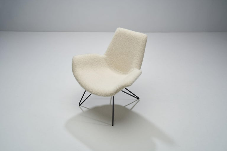 Pair of Mid-Century Modern Lounge Chairs, Europe, 1950s For Sale 1