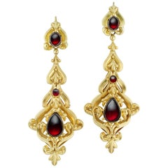 Pair of Mid-Victorian Garnet and Gold Earring