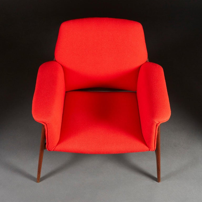 Pair of Midcentury Italian Armchairs upholstered in Danish Wool For Sale 1
