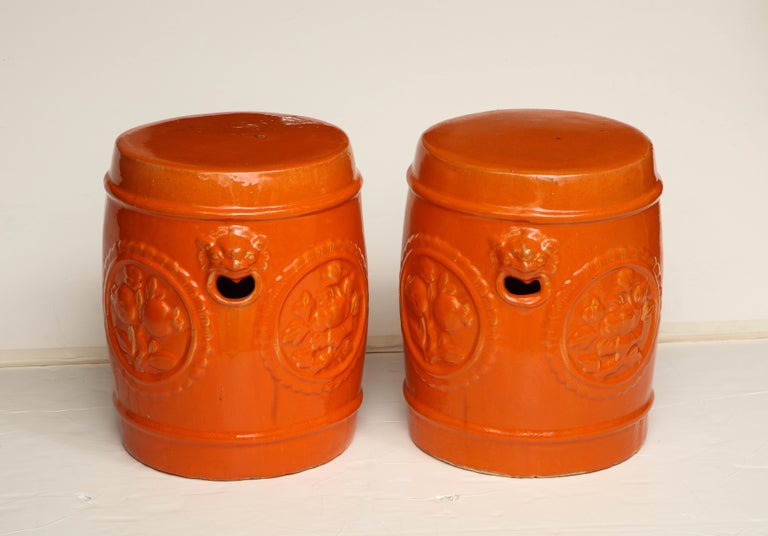 Pair of Orange Ceramic Garden Stools In Good Condition For Sale In New York, NY