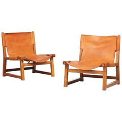 Pair of Paco Muñoz for Darro, 'Riaza' Chair Walnut and Leather, Spain, 1960s