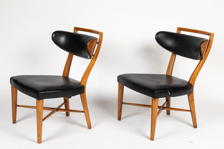 Mid-Century Modern Pair of Pull Up Chairs For Sale