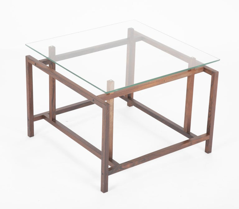 Mid-20th Century Pair of Rosewood Side Tables with Glass Tops by Henning Norgaard for Komfort For Sale