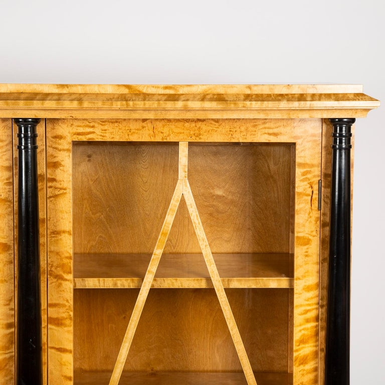 Pair of Satin Birch Bookcases In Good Condition For Sale In London, GB