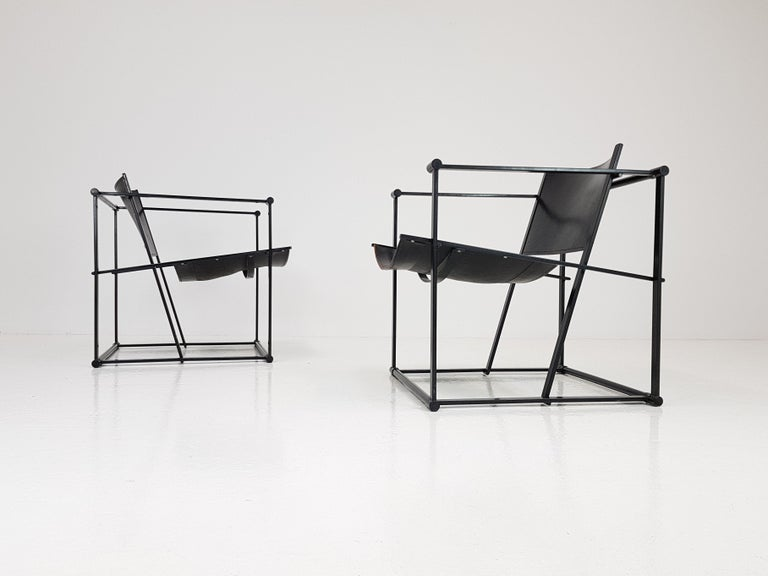A pair of steel and leather FM62 chairs by Radboud Van Beekum for Pastoe, 1980s.