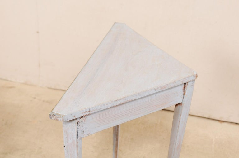 Pair of Swedish Painted Wooden Corner Tables, 19th Century For Sale 2