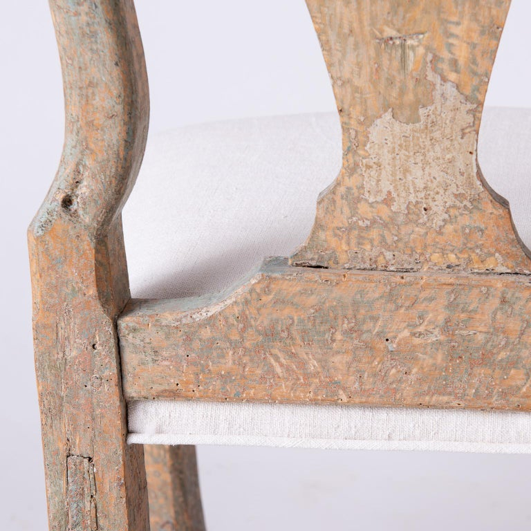 Pair of Swedish Rococo Period Side Chairs, circa 1760 For Sale 4