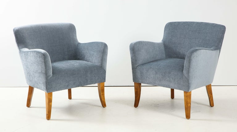 Pair of Swedish Upholstered Club Chairs, circa 1940 In Good Condition For Sale In New York, NY