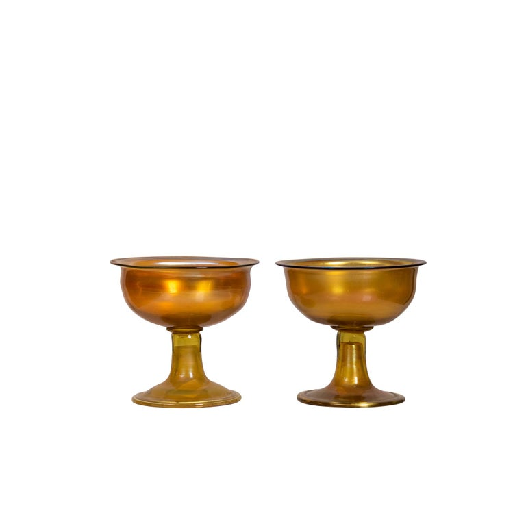 Pair of Tiffany Studios Gold Favrile Glass Sherbets In Good Condition For Sale In Palm Beach, FL