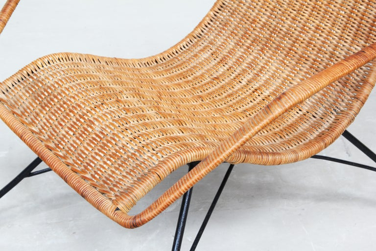 Pair of Rattan Lounge Chairs by Carlo Hauner & Martin Eisler For Sale 4