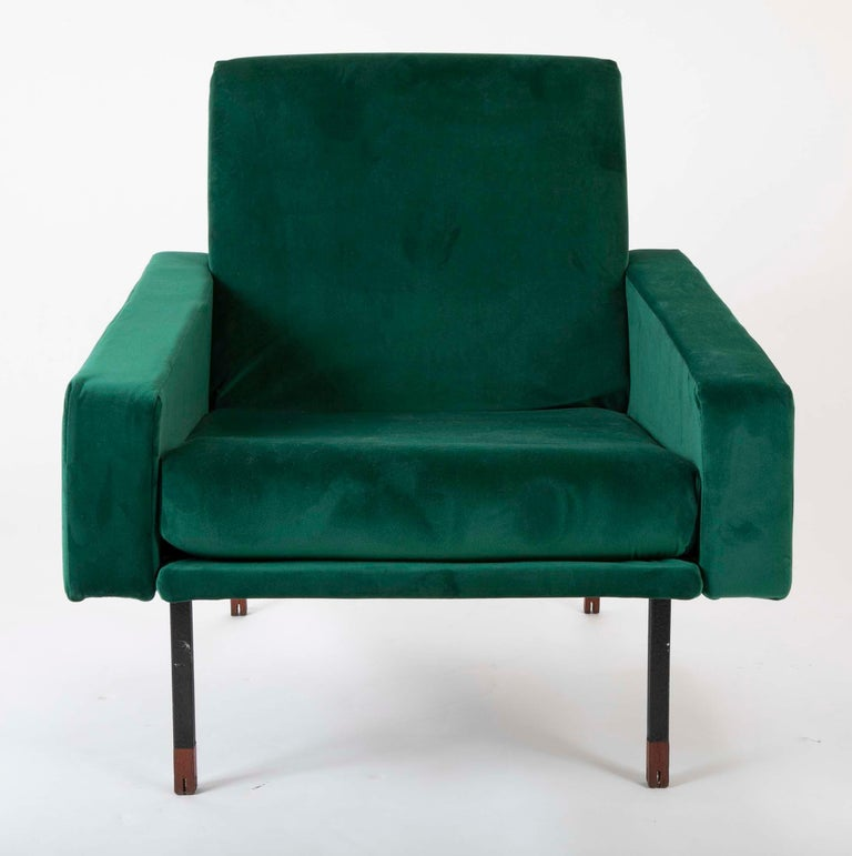 European Pair of Upholstered Italian Midcentury Armchairs with Walnut Tipped Legs For Sale