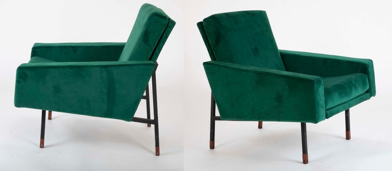 Pair of Upholstered Italian Midcentury Armchairs with Walnut Tipped Legs For Sale 3