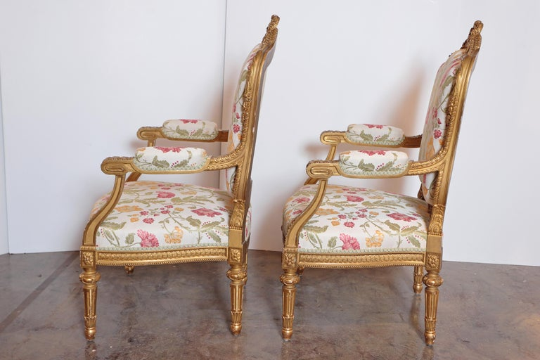 French Pair of Very Fine Carved and Gilt Early 20th Century Louis XVI Style Fauteuils For Sale