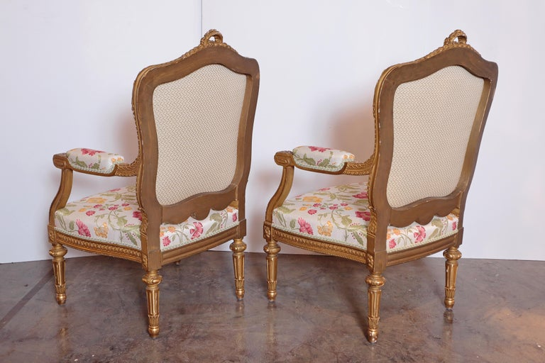 Pair of Very Fine Carved and Gilt Early 20th Century Louis XVI Style Fauteuils In Excellent Condition For Sale In Dallas, TX