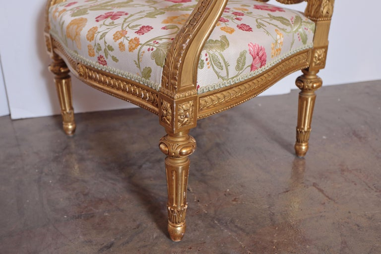 Pair of Very Fine Carved and Gilt Early 20th Century Louis XVI Style Fauteuils For Sale 2