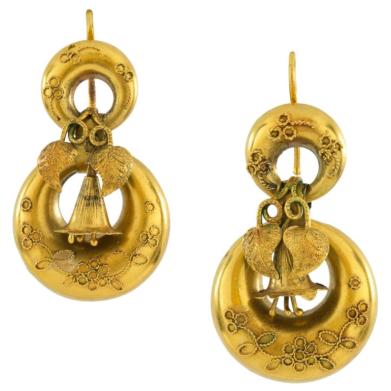 Pair of Victorian Yellow Gold Earrings For Sale