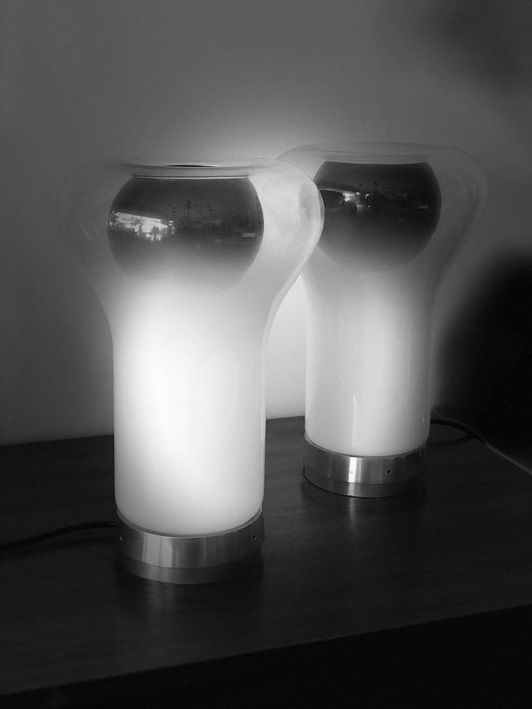 "Mid-20th Century Pair of Vintage Angelo Mangiarotti ""Saffo"" Lamps for Artemide For Sale"