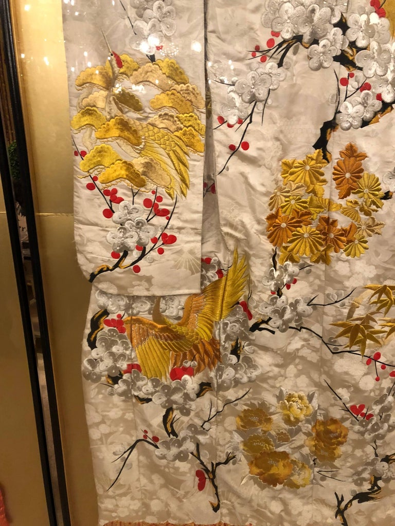 Japanese Pair of Vintage Kimono Wedding Robes in Glass Frames For Sale