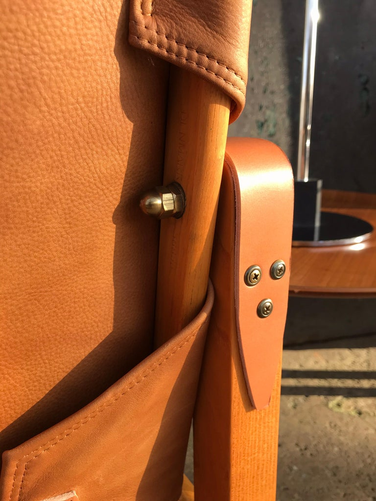 Scandinavian Modern Pair of Vintage Refurbished Kaare Klint Safari Lounge Chairs For Sale