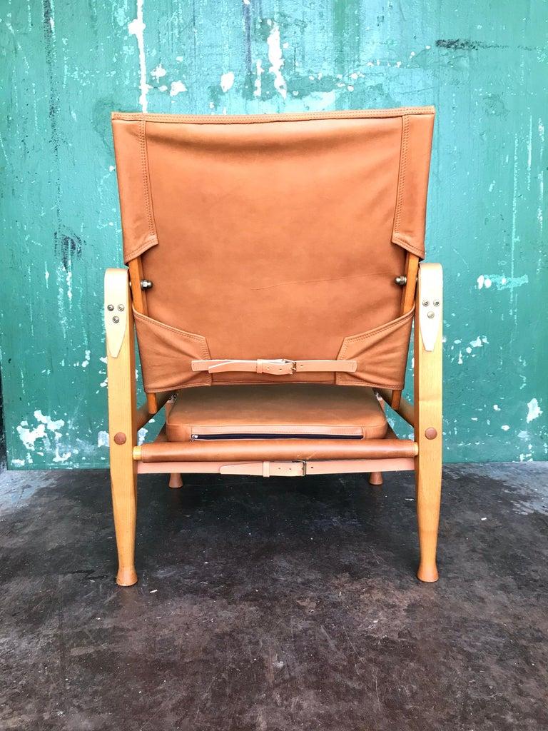 Leather Pair of Vintage Refurbished Kaare Klint Safari Lounge Chairs For Sale
