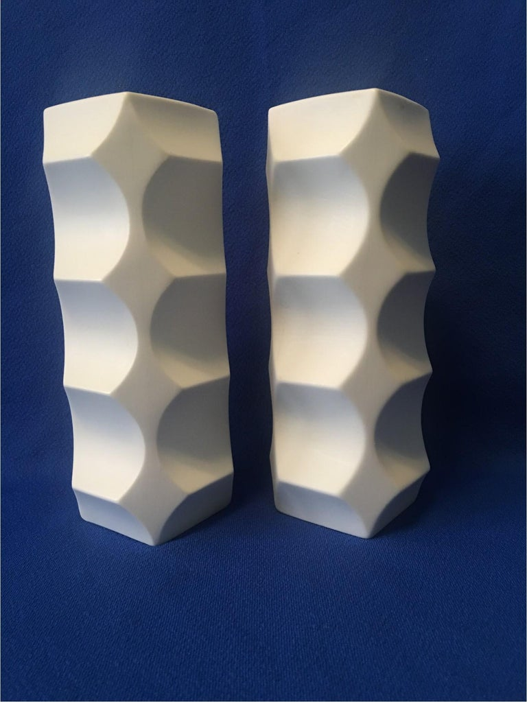 Pair of White Matte Vases by Heinrich Fuchs, Hutschenreuther Germany In Good Condition For Sale In Frisco, TX