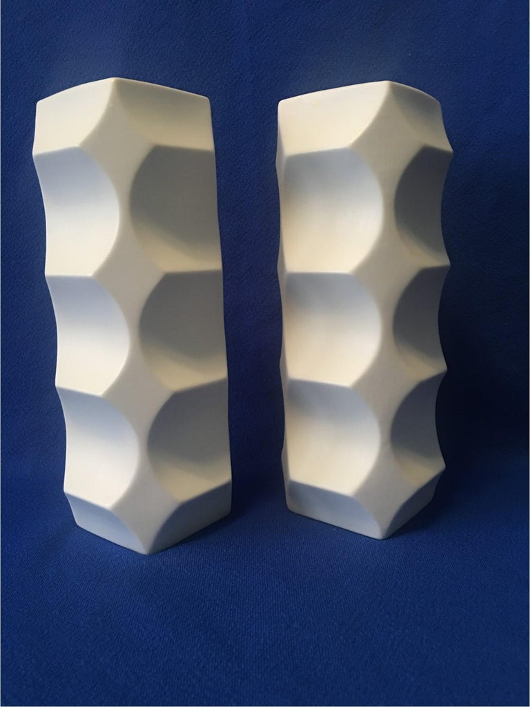 Porcelain Pair of White Matte Vases by Heinrich Fuchs, Hutschenreuther Germany For Sale