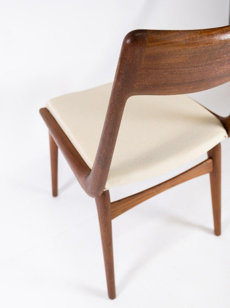 Papir of Dining Chairs, Model Boomerang, by Alfred Christensen, 1960s For Sale 1