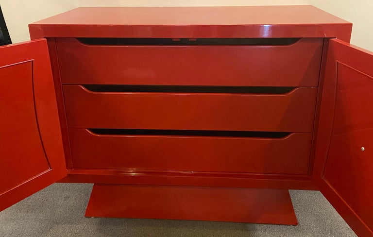 Parzinger Style Cabinet, Commode or Server Lacquered in Red and White For Sale 6