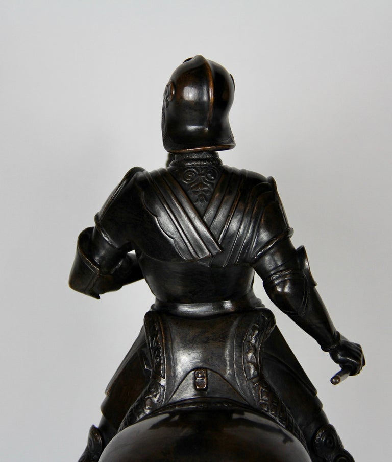 Patinated Bronze Figure of a Soldier on a Horse with a Helmet For Sale 9